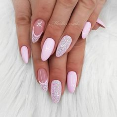 The trend of almond shape nails has been increasing in recent years. Many women who love nails like almond nail art designs. Almond shape nails are suitable for all colors and patterns. Almond nails can be designed to be very luxurious and fashionabl Pink Nails, My Nails, Bio Gel Nails, Sugar Nails, Cute Nails, Pretty Nails, Almond Nail Art, Almond Nails, Best Acrylic Nails