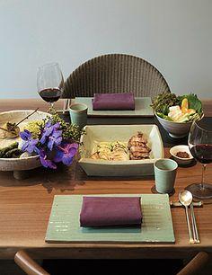 철든 부엌에서 밥을 짓다 : 매거진캐스트 Magazine Contents, Bath Caddy, Table, Tables, Desk, Tabletop, Desks