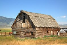 Photo of Old Wooden Barn in Pray, Montana