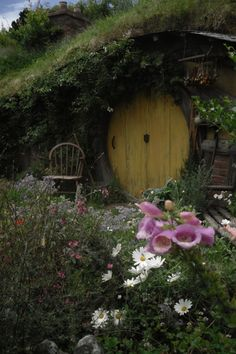 I love hobbit houses.