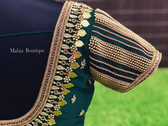 Cutwork Blouse Designs, Wedding Saree Blouse Designs, Simple Blouse Designs, Stylish Blouse Design, Blouse Neck Designs, Zardosi Work Blouse, Chennai, Maggam Work Designs, Hand Work Blouse Design