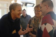 Gordon Ramsay with an owner on 'Hotel Hell'