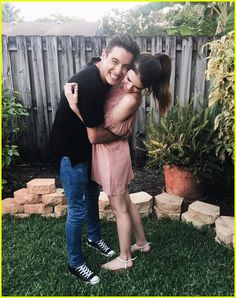 Vine Star Gabriel Conte is Engaged to YouTuber Jess Bauer! | Photo 1023888 - Photo Gallery | Just Jared Jr.