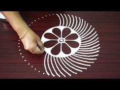 How to draw simple muggulu designs - freehand kolam designs for kids - new easy rangoli designs 2018 Small Rangoli Design, Colorful Rangoli Designs, Rangoli Designs Images, Beautiful Rangoli Designs, Simple Rangoli Kolam, Diwali Rangoli, Rangoli With Dots, Indian Rangoli, Alpona Design