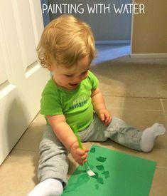 activité artisique bébé 1 an sans salir - peindre à l'eau #ideas