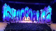 The Grand Reception Stage 😍  #indorewedding #receptionstage #thegrandstage #decor #teamwork #wedmegood #indianweddings http://bonvera.in