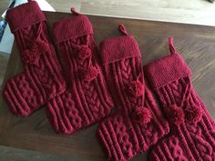 Knitted stocking x4