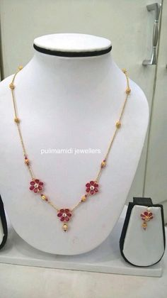 Love this design will sure made Beaded Jewelry, Jewelry Necklaces, Chain Jewelry, Gold Jewelry Simple, Gold Jewellery Design, Bridal Jewellery, Necklace Designs, Indian Jewelry, Jewelery