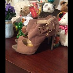Nine West Ankle Boots High Heels Brown Suede, wore 3 times, ver good condition. Nine West Shoes Heeled Boots