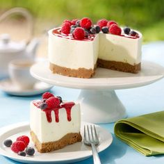 29 Super Ideas for cheese cake recipes strawberry mini Dutch Recipes, Baking Recipes, Sweet Recipes, Lime Cheesecake, Cheesecake Recipes, Dessert Drinks, Dessert Recipes, Salted Caramel Apple Pie, Cheese Ball Recipes