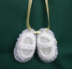 Keepsake Miniature Baby Booties,Wall Hanging, Hand knitted,2.5 inches, Nursery £4.00