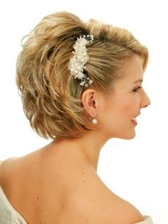Short Wedding Hairstyles - It might seem hard to think about a suitable short hairstyles for a wedding because of the common misconception that it can be hard to style short tresses to create the romantic look this occasion calls for. However this is nothing more than a misconception as there are a variety of styles that are more than suitable for this occasion.