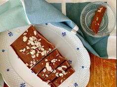 Fudge, Gingerbread Cookies, Tiramisu, Avocado, Bubbles, Snacks, Healthy, Ethnic Recipes, Desserts