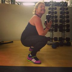 @minimeluk happy squatter doing #mobility with the #wanderingweighlifter #squats