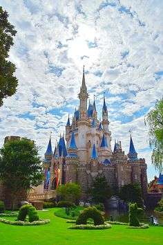 Disney World Castle, Disneyland World, Tokyo Disneyland, Disney Castles, Disney Word, Disney Mouse, Sanrio Wallpaper, Cute Disney Wallpaper, Disney Parque