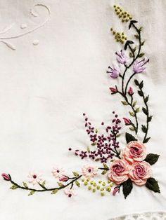 new brazilian embroidery patterns Hand Embroidery Patterns Flowers, Simple Embroidery, Hand Embroidery Designs, Embroidery Kits, Embroidery Supplies, Brazilian Embroidery Stitches, Hand Embroidery Stitches, Silk Ribbon Embroidery, Embroidery Needles