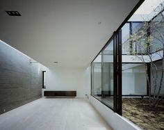 La casa-patio, un proyecto del estudio Apollo Architects