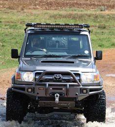 Land Cruiser Pick Up, Toyota Land Cruiser 100, Land Cruiser 70 Series, Toyota Lc, Toyota Trucks, Toyota Hilux, 4x4 Trucks, Toyota Runner, Nissan Patrol Y61