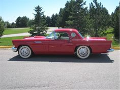 1957 T-Bird (awesome paint)  gotta love things built in this year........