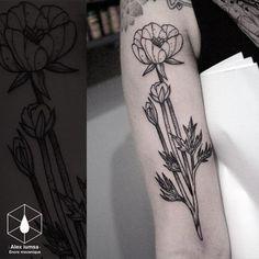 La reine des jardins. #tattooed #tattoo #tattoos #blackworkerssubmission #blackworkers #blacktattoo #taot #qttr #skinart_mag #tttpublishing #tttism #tattooworkers #tattooistartmag #inked #inkedmag #tattooistartmag #tattooart #tattoodo #tatuagem...