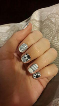 Lace  #lace #blackandwhite #black #white #nailart #nail #stylebook