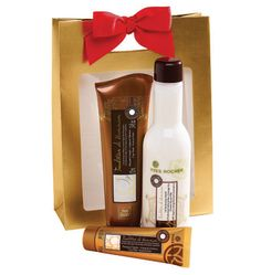 If she hasn't tried Tradition de Hammam yet treat her to the Discovery Collection! #giftideas #beauty #yvesrocher