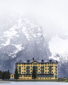 Even the name of this hotel sounds very Wes Anderson: 'Grand Hotel Misurina', Italy Wes Anderson Style, Wes Anderson Movies, Moonrise Kingdom, Accidental Wes Anderson, Grand Budapest, Vida Real, Scenic Photography, Landscape Photography, Grand Hotel