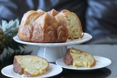 Week of Menus: Pineapple Vanilla Bean Bundt Cake with Pineapple Syrup: Trying to fix things up