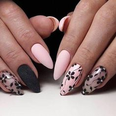 The advantage of the gel is that it allows you to enjoy your French manicure for a long time. There are four different ways to make a French manicure on gel nails. Flower Nail Designs, Simple Nail Designs, Nail Art Designs, Pink Nails, Gel Nails, Nail Polish, Manicures, Cute Nails, Pretty Nails