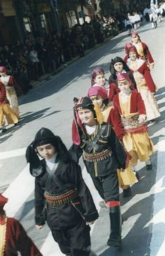 Greek Culture, Greece, Empire, Punk, Dance, Costumes, Collections, Beautiful, Festivals