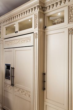 We are designers and manufacturers of high-end custom kitchens and interior woodwork Kitchen Cabinets Drawing, Kitchen Cabinets Decor, Home Decor Kitchen, Kitchen Interior, Kitchen Pantry Design, Country Kitchen Designs, Luxury Kitchen Design, Kitchen Styling, Italian Style Kitchens