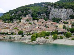 F/Provence/Haute Provence/Lac de Ste-Croix: Bauduen.