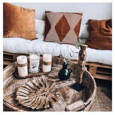 Terracotta, Banquette Palette, Vase Noir, Modern Farmhouse, Decoration, Room Decor, Palmiers, Couch, Throw Pillows