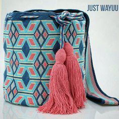 "344 Likes, 8 Comments - Just Wayuu (@just.wayuu) on Instagram: ""Handcrafted handbags made by indigenous wayuu in the north of Colombia. Worldwide shipping – envíos…"""
