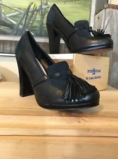 PLENTY TRACY REESE EMMY Navy Black Leather Designer Heels Loafer 36 Tassels