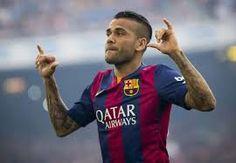 Celé jméno:Daniel Alves da Silva Používané jméno:Dani Alves Národnost: Brazílie,  Španělsko Datum narození:06.05.1983 Výška:173 cmVáha:64 kg Pozice:obránceČíslo dresu:22 Klub:FC Barcelona (ESP)