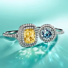 Rock her world with the vibrant designs of the Tiffany Soleste® collection.