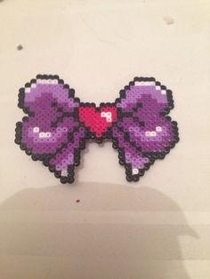 Cute 8bit bow  perler beads by Voidlesscreations