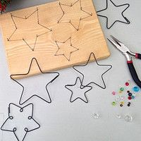 Many people believe that there is a magical formula for home decoration. You do things… Wire Crafts, Metal Crafts, Diy And Crafts, Crafts For Kids, Arts And Crafts, Holiday Crafts, Christmas Crafts, Christmas Decorations, Christmas Ornaments
