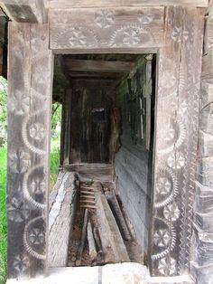 Bis-Totoreni2 - Biserica de lemn din Totoreni - Wikipedia Romania, Portal, Oversized Mirror, Anna, Carving, Doors, Furniture, Home Decor, Decoration Home
