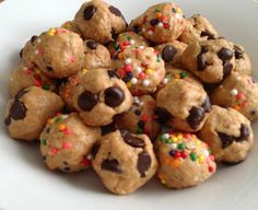 High Heels & Dumbbells: Protein Cookie Dough Balls