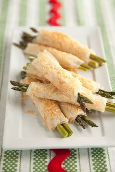 Dean's Phyllo Wrapped Asparagus...so good!! I used olive oil instead of butter ans sprinled parm and crushed croutons on the top.