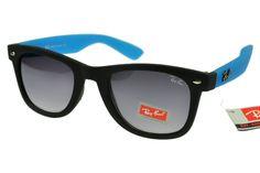 $14.70 Save: 88% offRay-Ban Wayfarer 1878 Black Blue Frame Gray Lens RB1029