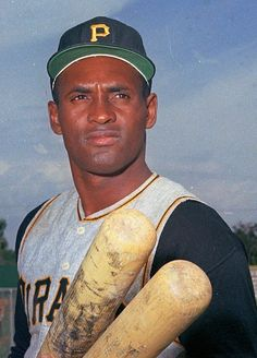 Roberto Clemente-Walker, born in Puerto Rico. Extraordinary human being. Pittsburgh Pirates Baseball, Baseball Star, Pittsburgh Sports, Baseball Players, Baseball Cards, Mlb Players, Baseball Movies, Baseball Pics, Football