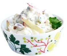Omena-tsatsiki   Reseptit   Anna.fi Pesto, Pudding, Desserts, Anna, Food, Inspired, Kitchen, Tailgate Desserts, Deserts