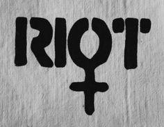 Riot Grrrl patch by trainhopping on Etsy Estilo Punk Rock, Feminist Af, Feminist Tattoo, Punk Patches, Battle Jacket, Protest Art, Riot Grrrl, Intersectional Feminism, Patriarchy