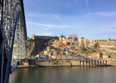 Ponte Luis I e Bairro e Elevador dos Guindais e Muralha Fernandina, no Porto