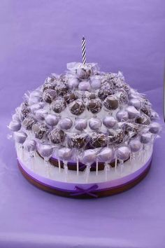 Birthday cake of cake pops