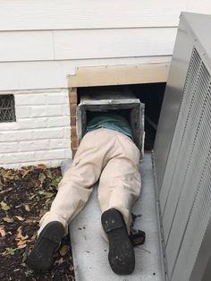 Contact EnviroAir for HVAC Contractor in Raleigh, Apex, Garner, NC. Our team has done residential air conditioning repairing service in Raleigh NC. Happy customer has taken our work photos and sharing the best review with us.  For more details call us on 919-375-4139