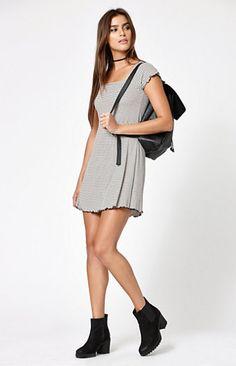 06064bb92b Stripe Short Sleeve Dress Short Sleeve Dresses